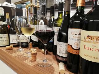 CafeDiningLIREGALOのワインイメージ