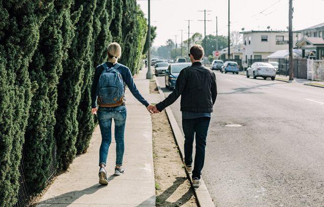 デート気分で恋が始まるお散歩型の婚活パーティーとは