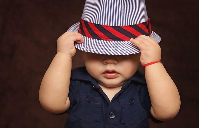 婚活パーティーに帽子をかぶって参加しても大丈夫?
