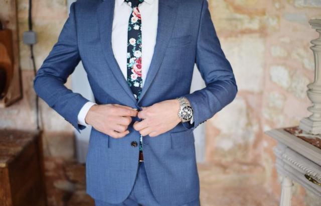 男性は婚活パーティーにスーツで行くべき?<服装の選び方>