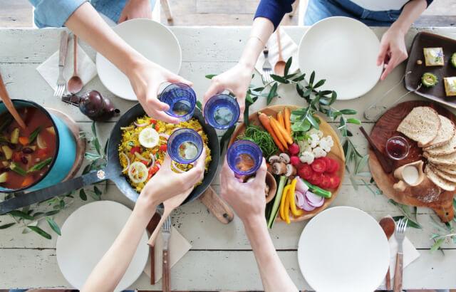 食事付きの婚活パーティーの魅力とは?