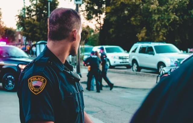 婚活パーティーで警察官と出会う前に心得ておくべきこととは?