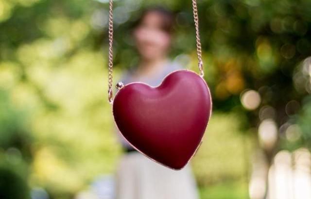 """恋愛感情ってなに?気になる相手への""""好き""""の正体を判断する方法"""