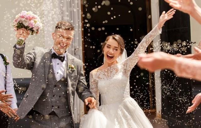 結婚式で出会いを見つけるためのポイントや注意点