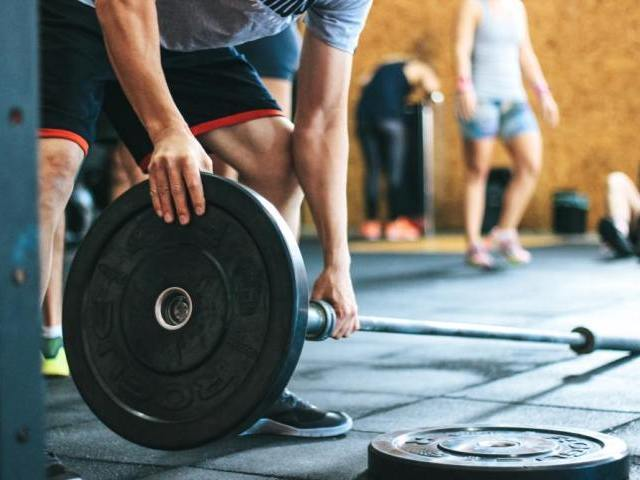 筋肉のある男性が女性からモテる理由
