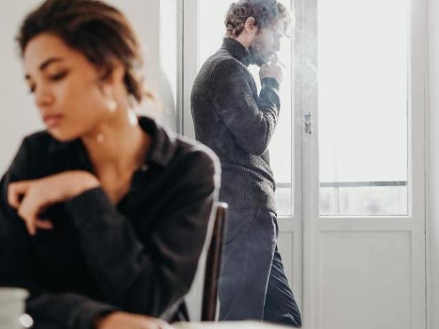 メンヘラ女性が恋愛対象として避けられる理由