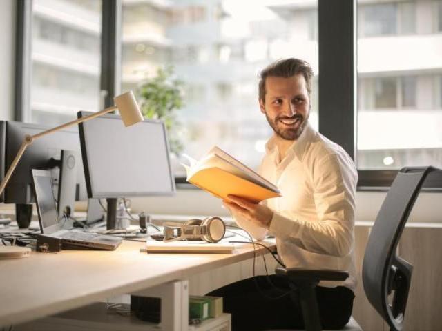 プロフィールに書かれていない男性年収を予測&確認する方法