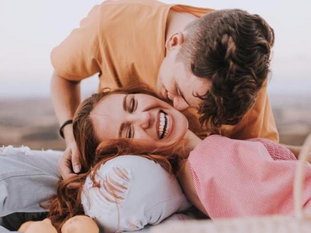 本命が相手のとき、男性はどこにキスする?