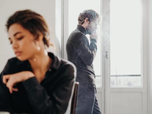 甲斐性なしの男性と交際・結婚するデメリット