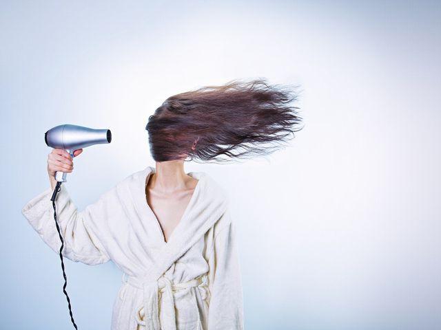髪型だけでなく、美髪が重要!